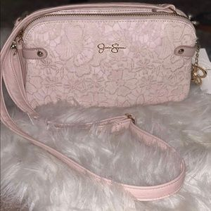 Jessica Simpson light pink cross body purse 👛